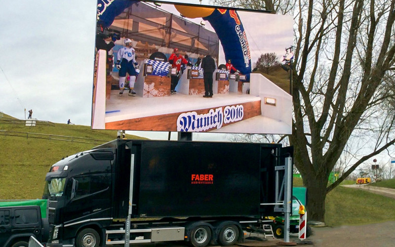 31m2 AOTO LED Container - Red Bull Crashed Ice 2016-web